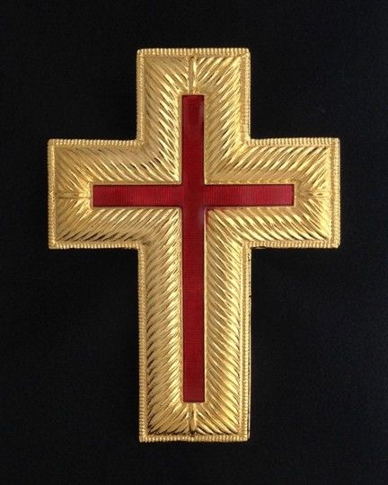 Past Commander Metal Cap Cross