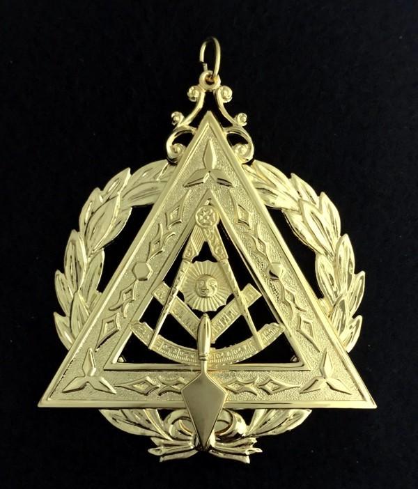 Grand Illustrious Master Collar Jewel Gold New
