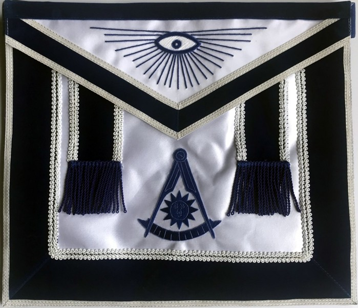 Deluxe Past Master Apron on Satin (PM550S)